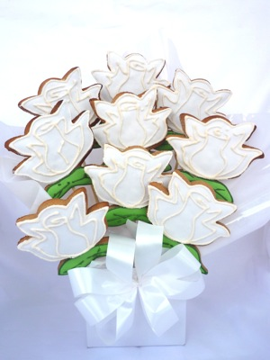Click To Enlarge Image White Rose Cookie Bouquet